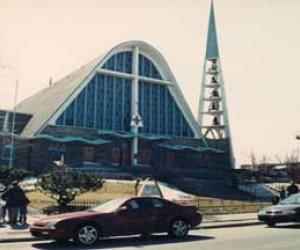 Histoire de l'architecture religieuse au Québec: de 1945 à la fin du 20e siècle